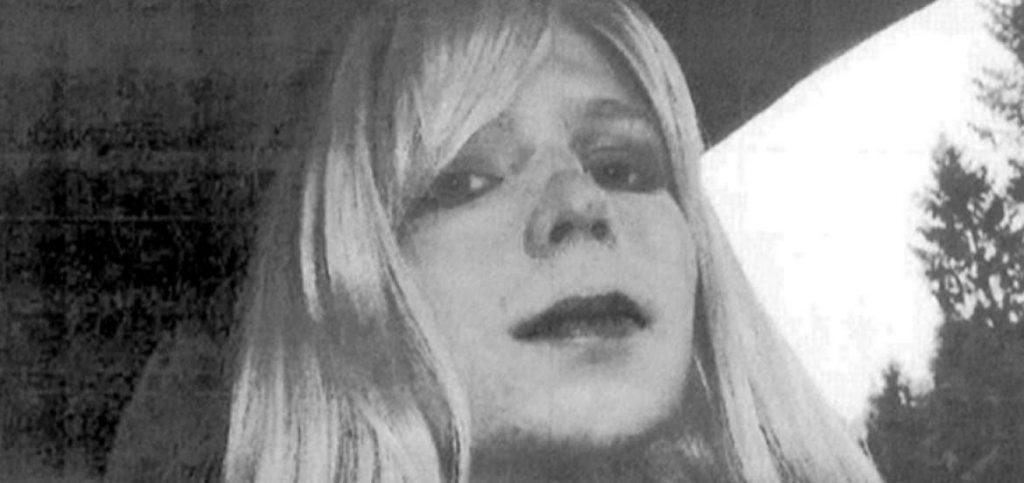 Chelse Manning, que filtró 700.000 documentos clasificados a WikiLeaks, en libertad, Julian Assange sigue refugiado en Londres