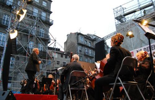 @abelcaballero anuncia un concierto de la Coral Casablanca como primer acto de movilización para exigir el AVE por Cerdedo