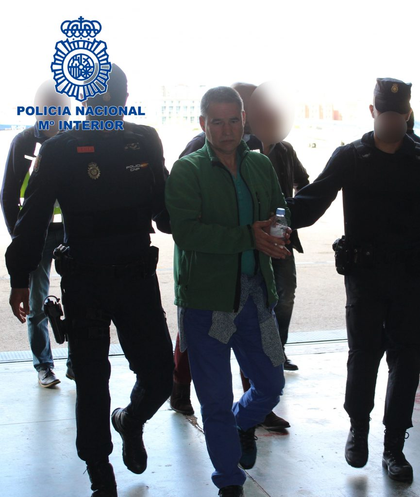 @Policía traslada desde el Reino Unido al etarra Antonio Troitiño