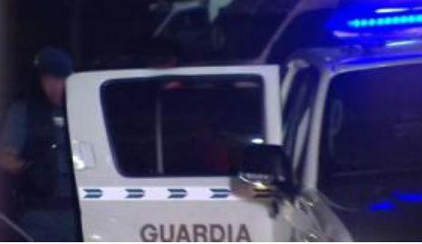 Muere de madrugada el hombre que se entregó tras encerrarse en casa de su novia y pegarse un tiro en un hombro