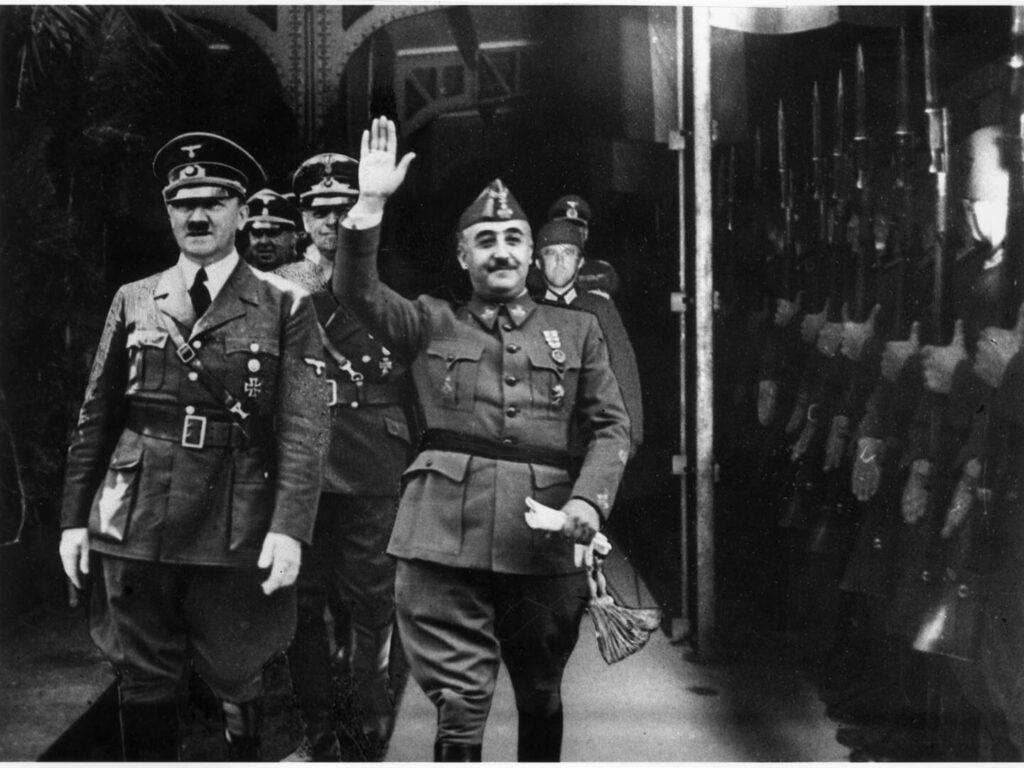 El Congreso vota este martes si se saca a Franco del Valle de los Caídos