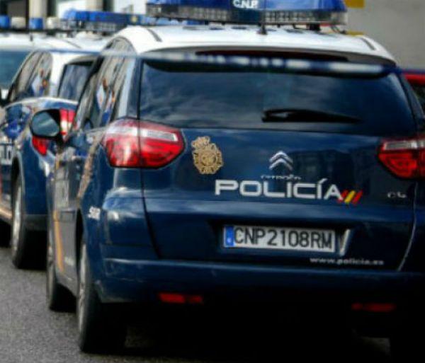 @policia detiene en Vigo a cinco personas por intentar secuestrar a otra en la rúa Zamora