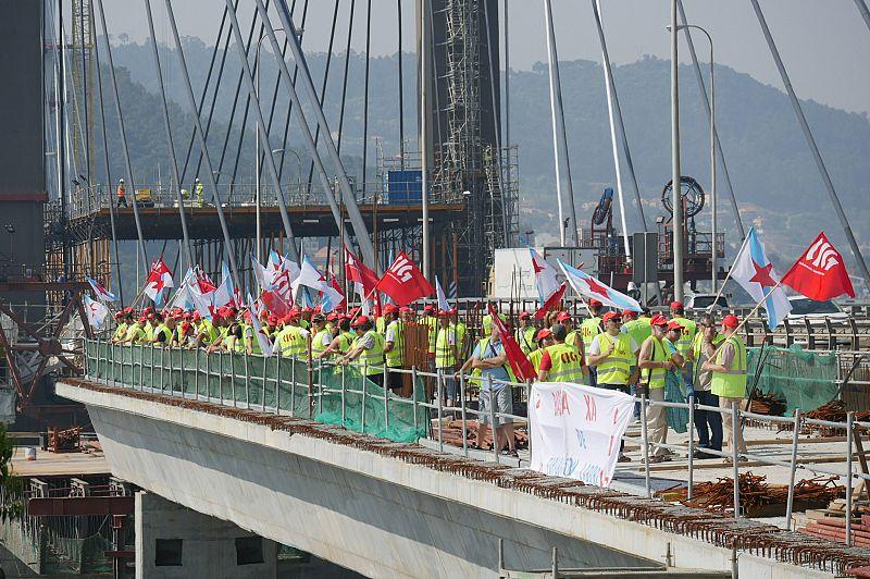 A UTE da ponte de Rande obrigará as subcontratas a cumprir o convenio en materia salarial e de xornada