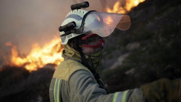 Estabilizados os lumes que arrasan o concello de Monterrei e que queimaron xa preto de 230 hactáreas