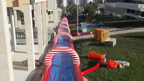 el tobogn de agua de navia de metros de longitud abrir este viernes da a las de la maana vigo al minuto