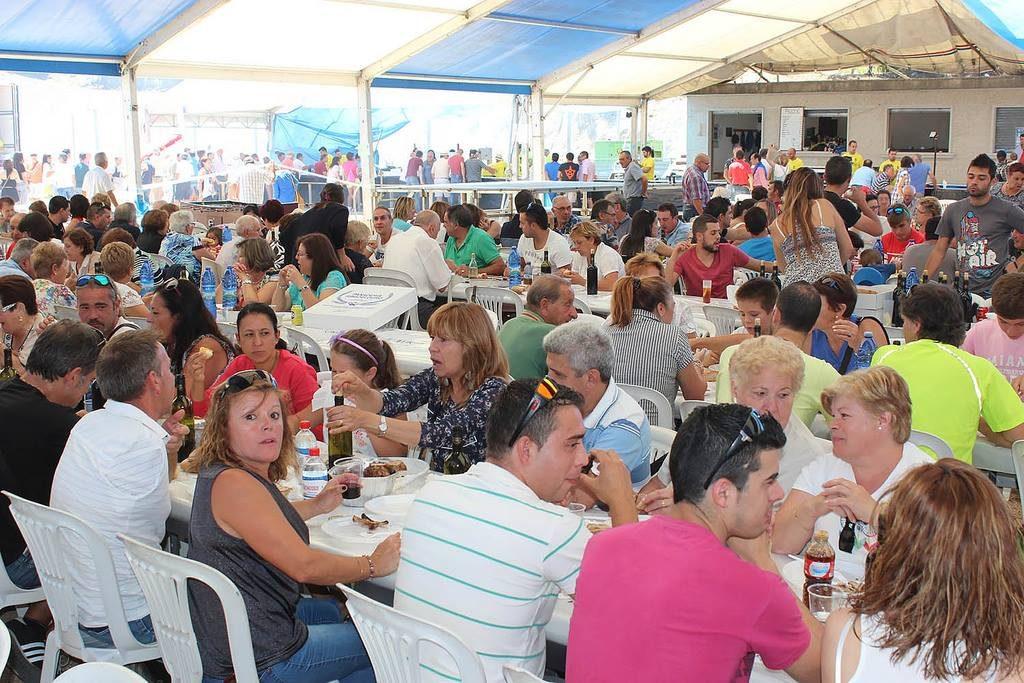 Chenlo prepara a 'IX Festa do Cabrito ao Espeto', que se celebrará o vindeiro domingo, día 6 de agosto