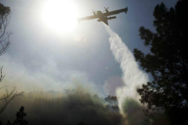 O lume arrasa xa 38 hectáreas no concello de Maside