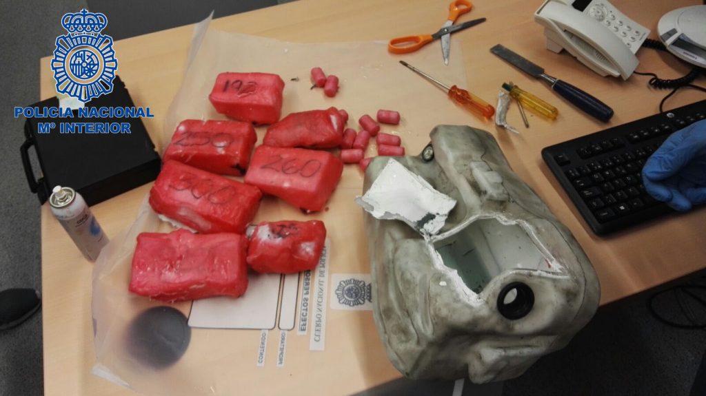 @policia detiene a 11 personas e interviene 9 kilos de 'coca' en una operación contra el narcotráfico