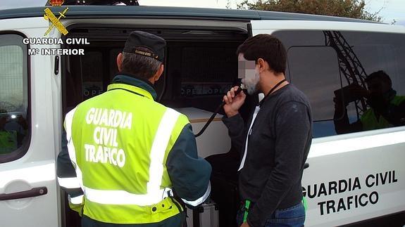 Más de 200 conductores dieron positivo en alcohol y drogas el fin de semana en la Festa do Albariño
