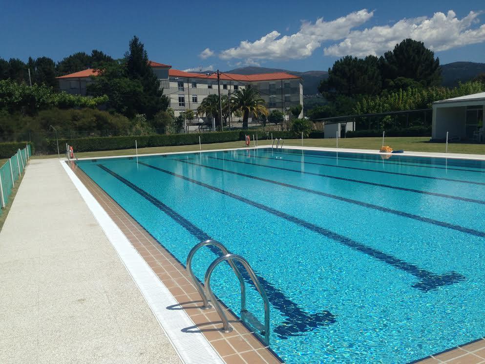 """O Concello de Arbo """"premia"""" ás veciñas e veciños abrindo a piscina municipal de balde ata o vindeiro domingo"""