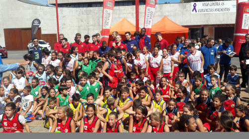 #siemprequino El Barça de baloncesto ya está en Vigo para disputarle al Obradoiro el II Memorial Quino Salvo