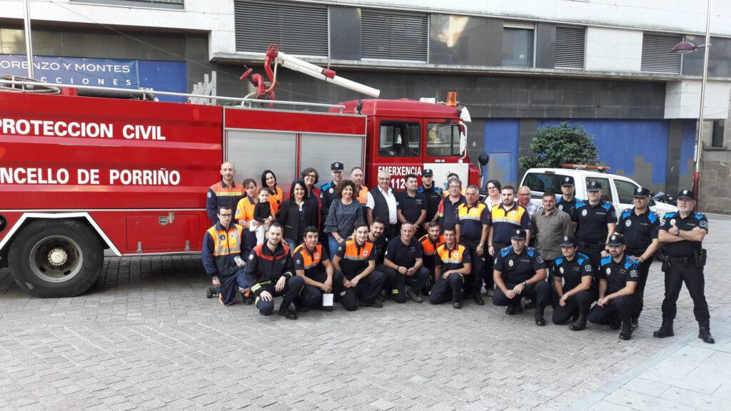 Homenaxe no Porriño aos 32 voluntarios de Protección Civil e axentes da Policía Local que interviron nos incendios do día 15