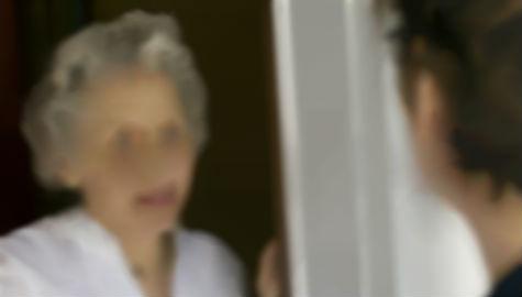 Una vecina de 80 años de Travesía, estafada por un individuo que se hizo pasar por empleado de Hacienda