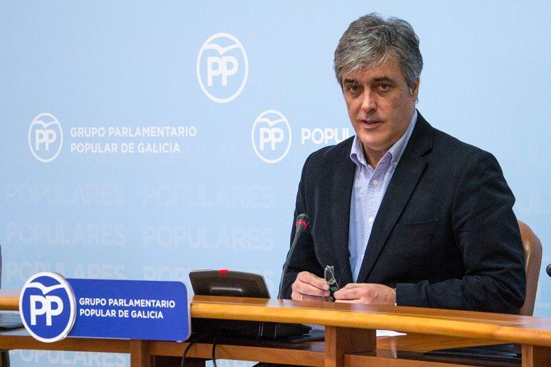 Puy Fraga, voceiro do PP, quere que o Parlamento de Galicia aprobe as medidas adoptadas polo Goberno Rajoy en Cataluña