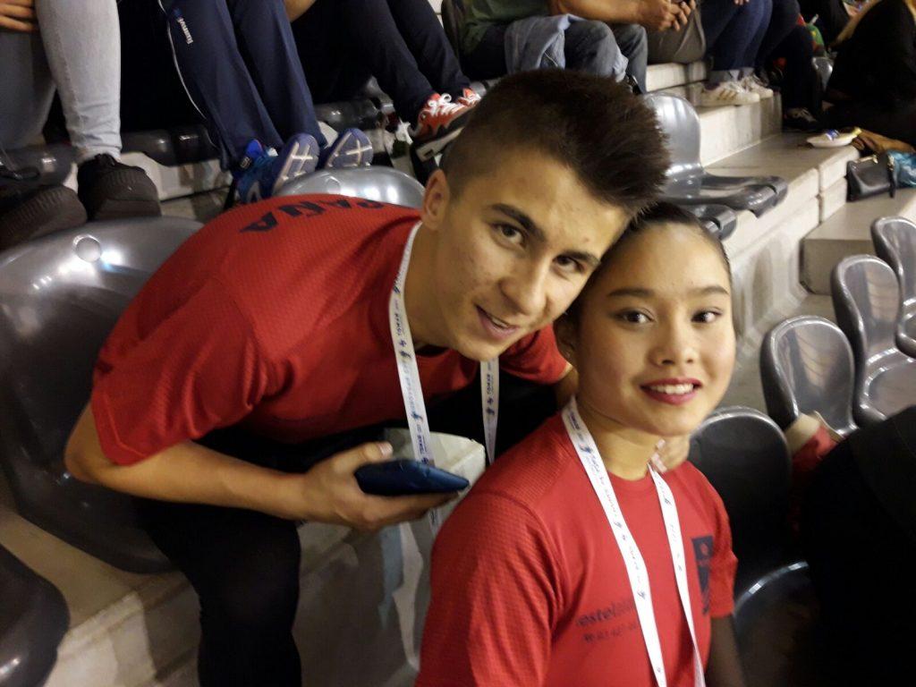 Alba Lishi Barbosa e Albino José Estévez, do Clube Patinaxe Covelo, Campións de Europa de patinaxe artística