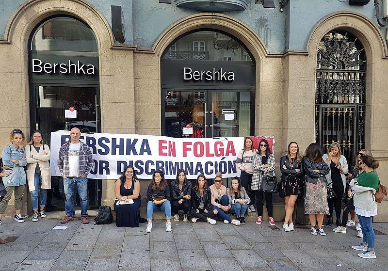 Continúa a folga en Bershka na provincia de Pontevedra cun seguimento total e co peche de todas as tendas