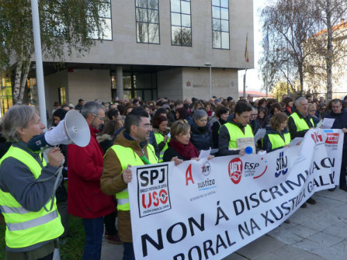 La huelga en la administración de justicia, seguida en Vigo por el 90% de los trabajadores, paraliza los juzgados