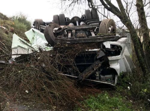 Un muerto y un herido muy grave en un accidente de tráfico en la N-120 a la altura de Monforte