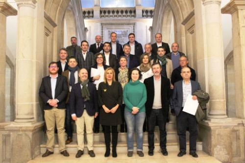 @carmelasilva asina convenios coas alcaldesas e alcaldes de 21 concellos que disporán de 15 millóns para as súas vilas