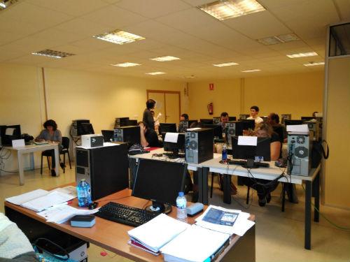 22 persoas con discapacidade de Vigo conseguen traballo por medio dun programa impulsado por COGAMI e a Fundación Vodafone España