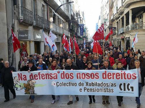 Xubilados galegos saen a rúa en defensa do sistema público de pensións