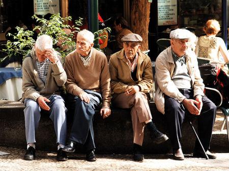 Atopan erros no cálculo das pensións na provincia de Pontevedra que reducen a paga das persoas xubiladas