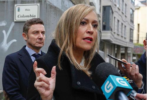 La presidenta del PP de Vigo denuncia que no se cambiarán las tuberías de fibrocemento en la humanización de la rúa Colombia