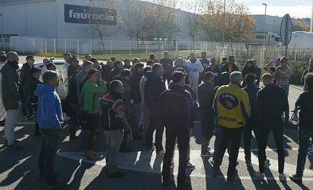 Desconvocada a folga en Faurecia