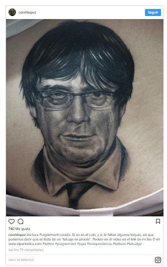 Se tatúa a @KRLS Puigdemont en el culo