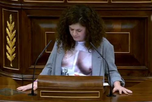 A la presidenta del Congreso no le ha gustado la camiseta de Sofía Castañón, diputada de Podemos