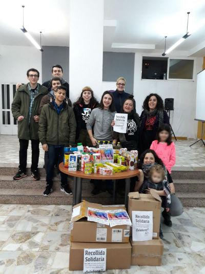 Asemblea Aberta realiza unha recollida de alimentos para RSP e PAH de Vigo-Tui-Baixo Miño