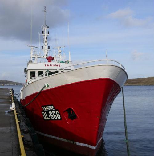 18 tripulantes del pesquero gallego 'Tahume' rescatados en aguas del Gran Sol tras una avería