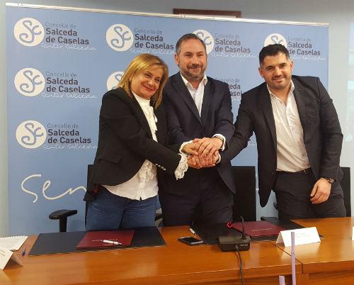 @depo_es e Concello de Salceda asinan un convenio para mellorar a rúa da Gándara