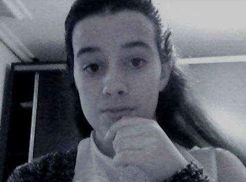 Buscan en Vigo a una chica de 15 años, vecina de Beade, que falta de su casa desde este miércoles