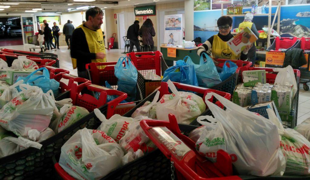 @BcoAlimentosVgo recogió más de 10.000 kilos de comida en su primera 'Operación Kilo' de este año