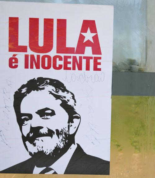 Lula se entregará voluntariamente este sábado a la Policía