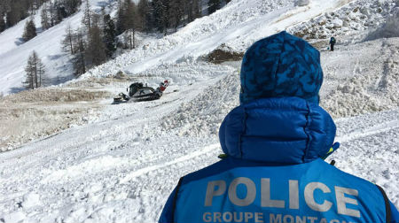 Al menos, tres esquiadores españoles muertos por un alud de nieve, en Suiza