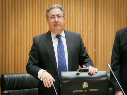 Alemania rechaza las condecoraciones que pretend a imponer for Gobierno de espana ministerio del interior