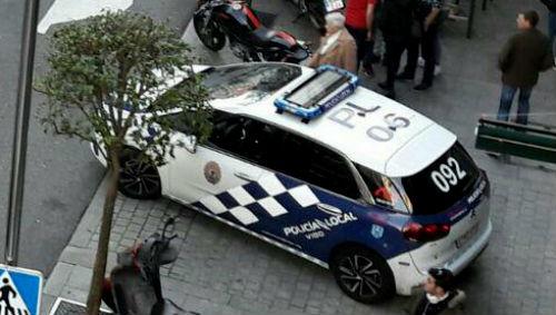 Agentes de la Policía Local detectan a dos sujetos circulando por Vigo bajo los efectos de drogas y alcohol