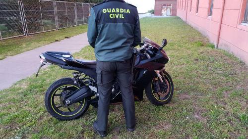 @guardiacivil detiene a un vecino de Marín que fue interceptado con algo más de 20 gramos de speed en un control de carretera