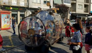 Miles de personas, como cada año, se acercan a Redondela para disfrutar del mejor festival de Títeres del noroeste peninsular