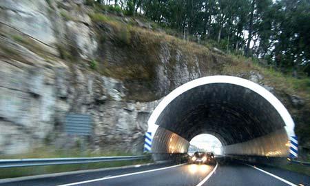 Los dos primeros tramos 'desdoblados' del Corredor do Morrazo, abren al tráfico este viernes a la 1 de la tarde
