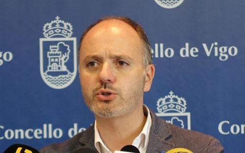 O Goberno local asegura que inviste preto de 6,5 millóns na mellora da contorna de Torrecedeira