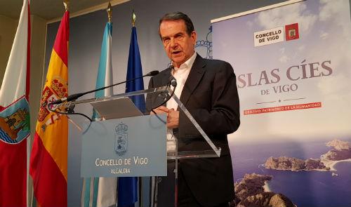 """#Aquarius @abelcaballero asume la coordinación del acogimiento de los 629 refugiados para el que se han ofrecido """"más de 200 ayuntamientos de toda España"""""""