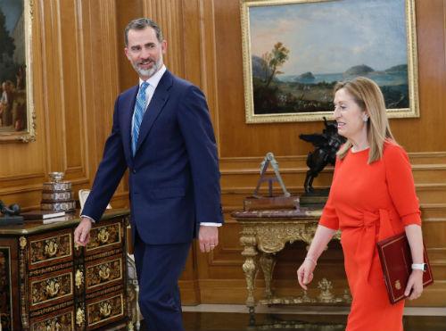 El Jefe del Estado firma el nombramiento de Pedro Sánchez, que tomará posesión este sábado como presidente del Gobierno