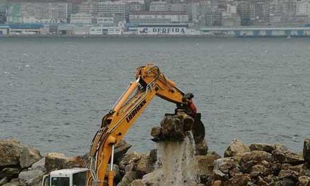 Obras en el futuro puerto deportivo