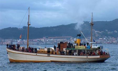 Es el único barco de vapor en funcionamiento en España