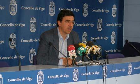 El popular Ignacio López-Chaves durante la rueda de prensa.
