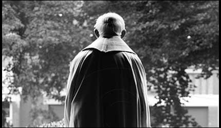 Los sacerdotes de Ourense no llegan a mileuristas