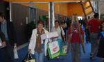 señoras con bolsas 2
